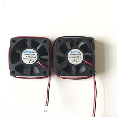 12V or 24V 5015 DC Fan